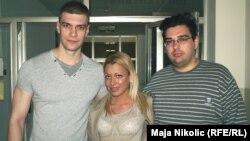 Studenti iz Novog Sada Srđan Marinković, Ljiljana Dragutinović i Veljko Milić