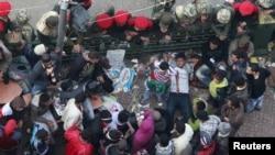 Каирдин Тахрир аянтындагы демонстранттар, 14-февраль.