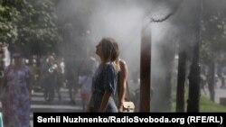У Києві завтра спека до +34