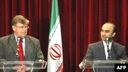 اولی هاینونن دو روز در تهران خواهد بود و قرار است که با جواد وعیدی دیدار و گفت وگو کند. (عکس: AFP)