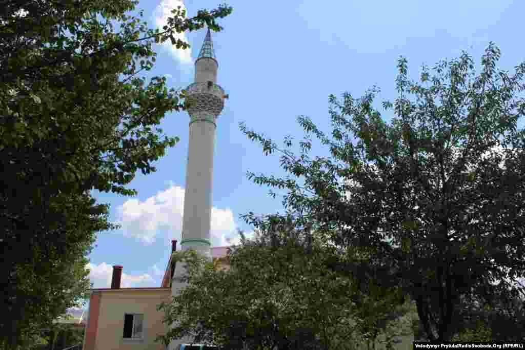 Квартальну мечеть жителі Фонтанів збудували самі