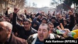 Протестите во Баку