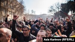Police, Demonstrators Clash In Baku