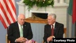 Вице-президант США Дик Чейни и президент Литвы Валдас Адамкус