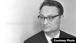 Гендазь Бураўкін