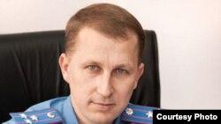В'ячеслав Аброськіна, начальник міліції Донецької області, полковника міліції.