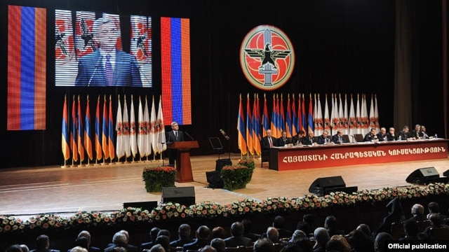 Armenia - President Serzh Sarkisian addresses a pre-election congress of his Republican Party, 10Mar2012.