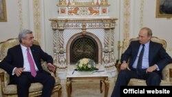 Russia -- Armenian president Serzh Sarkissian meets his Russian counterpart Vladimir Putin in Moscow, 7Sep2015