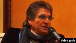 الكاتب والمترجم العراقي جواد وادي