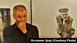 """Октавиан Цику в музее """"Следственная тюрьма НКВД"""". Томск, 2018 г."""