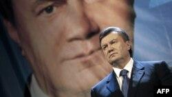 Перемоги опозиції на наступних виборах на Донбасі годі очікувати не тільки за мажоритаркою, а й за партійними списками