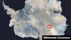 Езерото Восток на Антарктикот