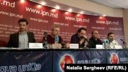 Conferinţa de presă organizată de câţiva cineaşti moldoveni