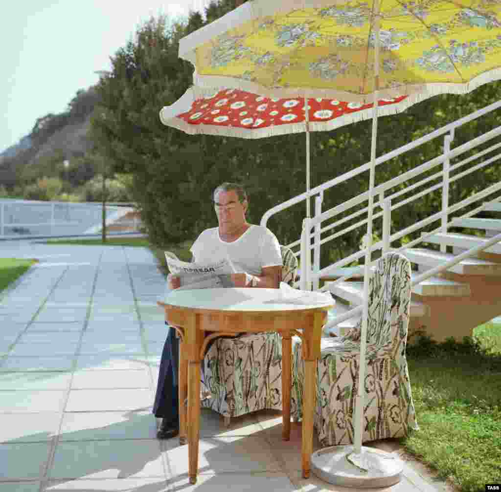 "Finally, some alone time: Brezhnev reading ""Pravda"" during a Crimea vacation in 1978."