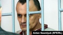 Николай Карпюк в суде в Грозном, 18 мая 2016 г.