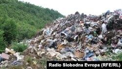 Divlja deponija u Beranselu