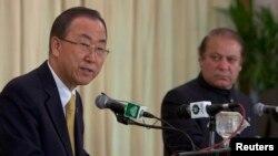 د ملګرو ملتونو مشر بان کي مون او د پاکستان وزیر اعظم نواز شریف په اسلام آباد کې د خبري کنفرانس پر مهال. ۱۴م اګست ۲۰۱۴
