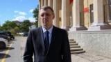 Левого активиста из Евпатории еще на месяц оставили в СИЗО (видео)