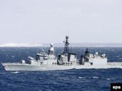 """Немецкий фрегат """"Рейнланд-Пфальц"""", патрулирующий Аравийское море в рамках операции """"Аталанта"""""""