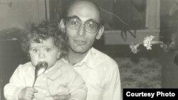 Ариф Юнус с дочькой