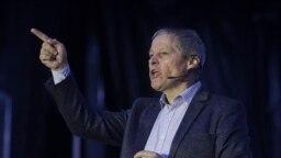 Dacian Cioloș, liderul fracțiunii Renew Europe din Parlamentul European