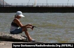 Каждый третий житель Мариуполя – заядлый рыболов