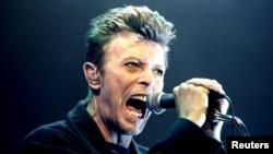 Дэвид Боуи. Концерт в Вене 4 февраля 1996. Фото: Reuters