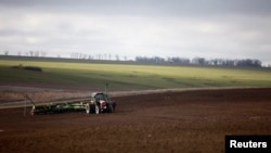 Millions of acres of land have fallen out of production since the Soviet collapse as Russia increasingly turned to imports to meet its demands.