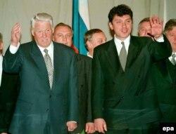 Boris Nemțov cu președintele Ielțîn la 1 noiembrie 1997 la Krasnoiarsk
