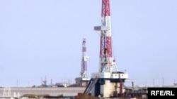 «СНПС-Ақтөбемұнайгаз» компаниясының Жаңажол кенішіндегі мұнай ұңғымасы. (Көрнекі сурет).