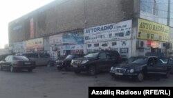Bakı, maşın bazarı (arxiv fotosu)
