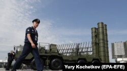 США і його союзники вважають російську ракетну систему С-400 несумісною з системами НАТО