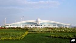 Здание международного аэропорта в Ашхабаде