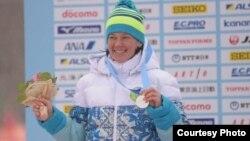 Казахстанская лыжница Елена Коломина.