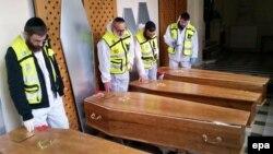 اجساد کشتهشدگان یهودی یکی از حملات سال ۲۰۱۵ در پاریس