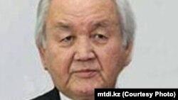 Академик Умирзак Айтбаев. Фото взято с сайта Института развития казахского языка.