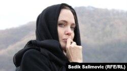 BMT-nin Qaçqınlar üzrə Ali Komissarlığının xüsusi səfiri Angelina Jolie