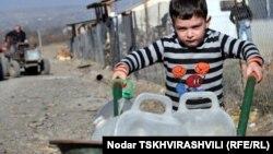 В период с 2010 по 2012 годы в столице Грузии закрылось около 50 заведений дошкольного образования. В результате тысячи детей не могут поступить в детские сады