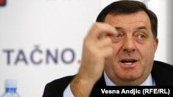 Milorad Dodik u Beogradu, februar 2012.