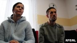 Фахрудін Мумінович та його сестра Фахрета (зліва)