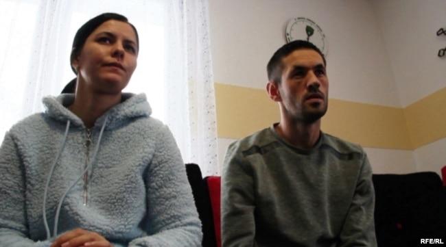 Fahrudin Muminovic and his sister, Fahreta