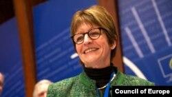 Anne Brasseur