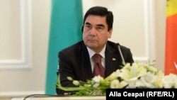 Туркманистон Президенти Қурбонқули Бердимуҳаммедов.