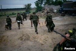 Бійці Національної гвардії України перед відправленням в напрямку Донецька, Слов'янськ, 15 липня 2014 року