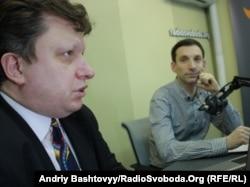 Демократия және мемлекеттілік институты президенті Иван Лозовой (сол жақта).