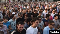 Armenia - Thousands of people demonstrate against a rise in eletrcity prices, Yerevan, 23Jun2015.