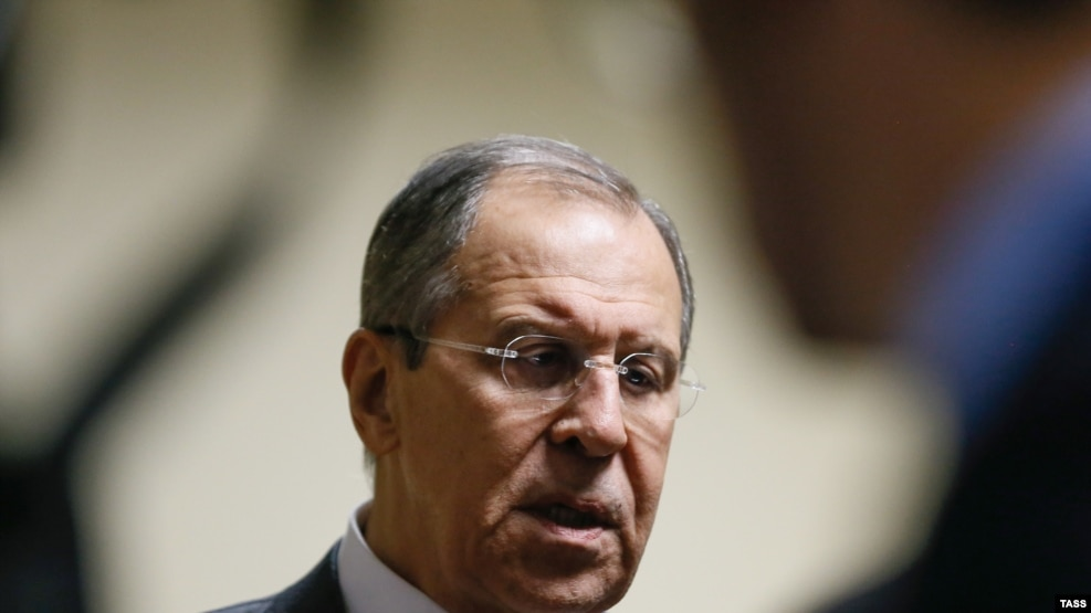 Russian Foreign Minister Sergei Lavrov accused the United States of cancelling a meeting on the withdrawal of rebel forces from Aleppo.