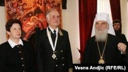 Aleksandar Konuzin odlikovan je ordenom sv. Save, februar 2012.