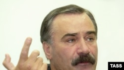 Former Ingushetian President Ruslan Aushev in 2004