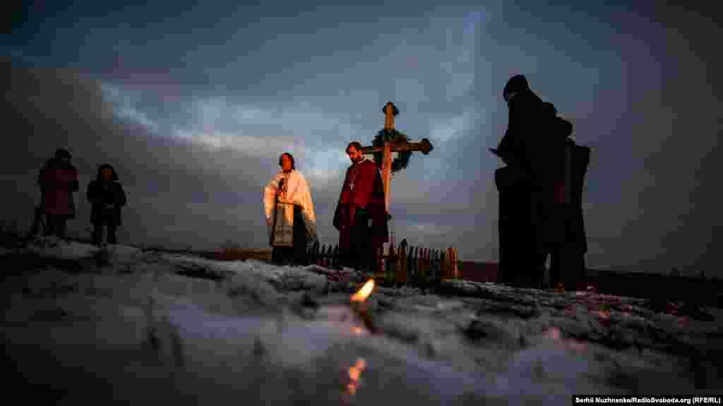 Згідно з дослідженням Інституту демографії і соціальних досліджень НАН України, сукупні демографічні втрати від Голодомору 1932–1933 років в Україні – близько 4,6 мільйона людей